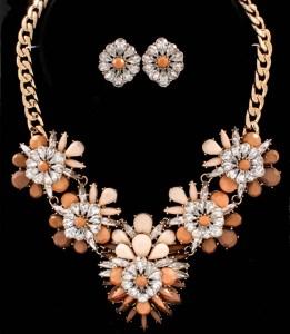 """16"""" Celebrity Inspired Brown Crystal Stud Flower Motif Statement Necklace Set $30.00"""